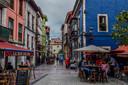 Het centrum van het Spaanse plattelandsdorp Ribadesella.