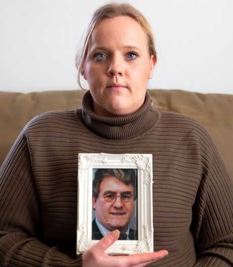 Kelly waarschuwt jongeren nadat opa werd doodgestoken: 'Mes meenemen heeft grote gevolgen'