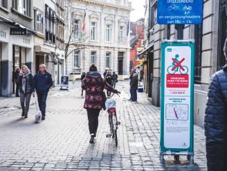 Gentse politie controleert op fietsen in wandelstraten na aanhoudende klachten: 36 onmiddellijke inningen op twee uur tijd