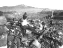Van de stad was bijna niets meer over. Ruim 70.000 mensen kwamen meteen om door de inslag van de bom.
