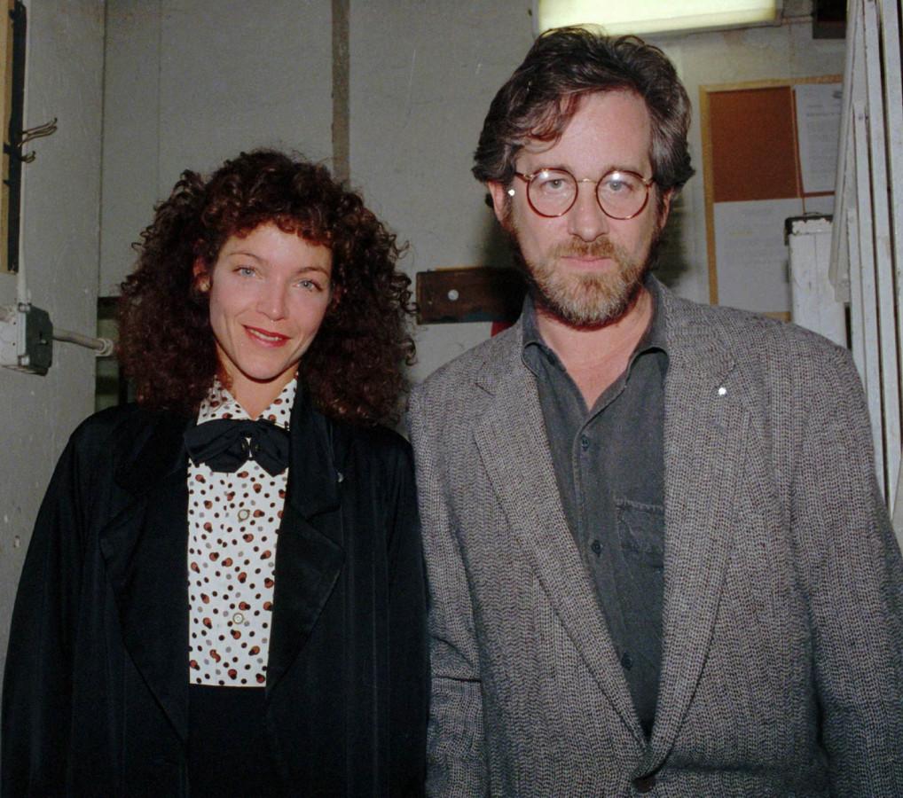 Steven Spielberg en Amy Irving in April 1988.