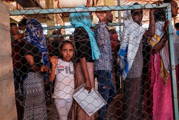 Vluchtelingen uit Eritrea in het Mai Aini vluchtelingenkamp in Ethiopië.