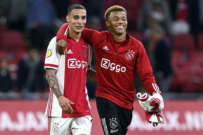 Antony en David Neres eerder dit seizoen na Ajax-Vitesse.