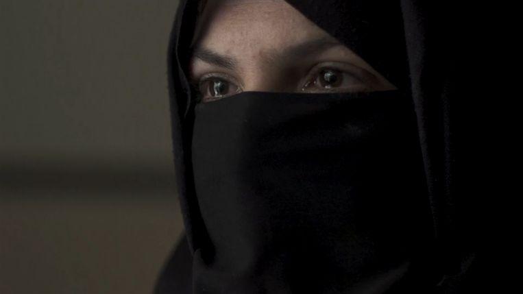 """""""Ik denk er nog elke dag aan"""", vertelt Khadija."""
