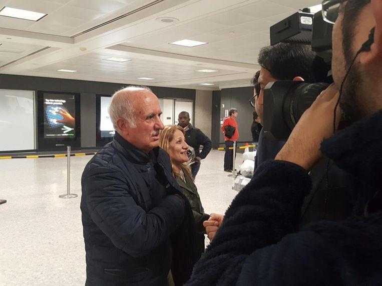 21:30 Opgewacht door tv-camera's Beeld Dion Mebuis