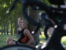EK-debuut valt in water voor triatlete Marit van den Berg