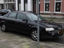 Auto's flink beschadigd bij botsing in Rohofstraat Almelo