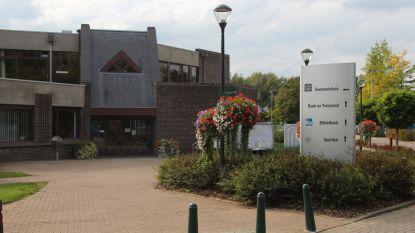 Geluidsopnames van gemeenteraad zorgen niet voor meer openbaarheid: bestuur bezorgt oppositie schriftelijk antwoorden