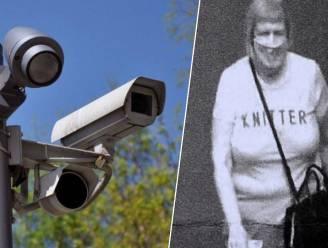 Bizar: Brit krijgt boete in de bus nadat camera T-shirt van vrouw aanziet voor zijn nummerplaat