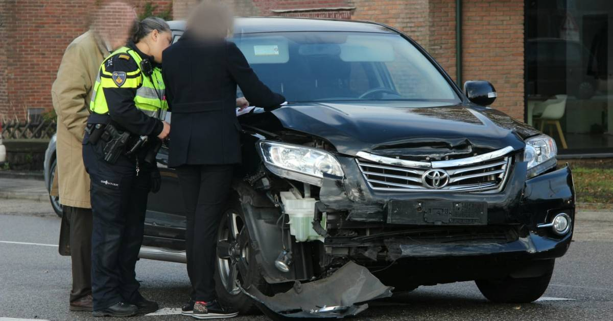 Veel verkeersoverlast na ongeluk in Rijssen.