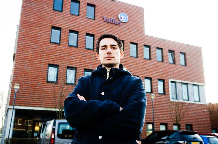 EVB-raadslid Jonathan Vrijman gaat vragen stellen over de overlast bij het Havenhoofd in de Barendrechtse wijk Carnisselande.