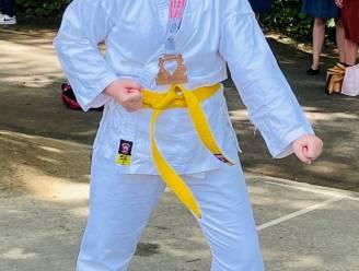 Lenka (23) behaalt bronze medaille op wereldkampioenschap G-karate
