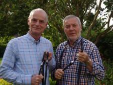 Ruiters uit Rijssen en Wierden maken paardvriendelijke teugel met lampje als 'alarm'