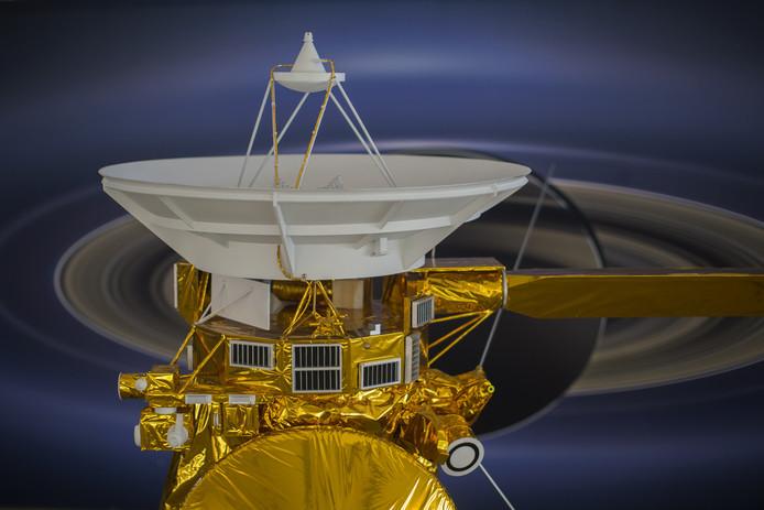 Een schaalmodel van Cassini