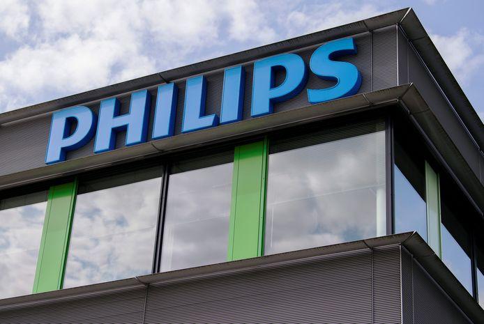 Een gebouw van Philips op de campus in Best.