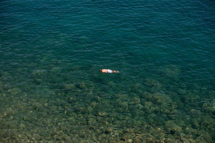 Un homme en train de nager (Kavouri, 30 juillet)