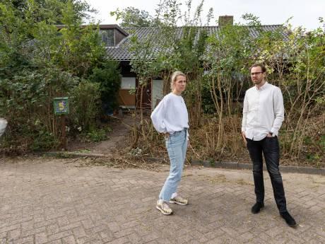 Buren willen krakers uit 'spookhuis' in Zwolle: 'Lawaai en stank, dag en nacht'