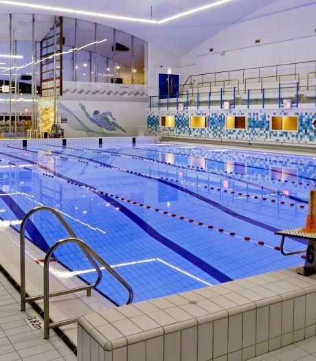Zwembad De Schelp open zonder coronaregels: 'Eindelijk weer terug naar normaal'