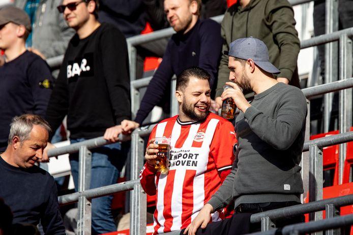 PSV-supporters afgelopen weekend in het thuisduel met FC Groningen.