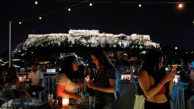 Alleen gevaccineerde toeristen mogen nog Grieks café of restaurant in