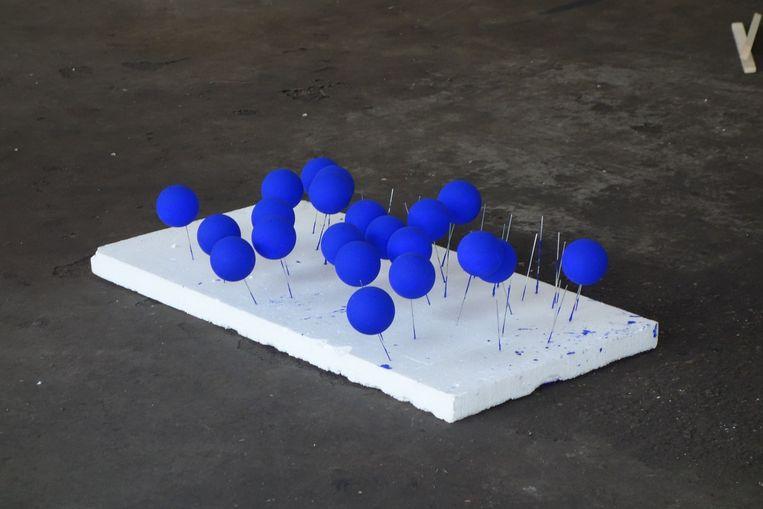 Tienduizenden ballen doemen binnenkort op in Museum Marres. Beeld .