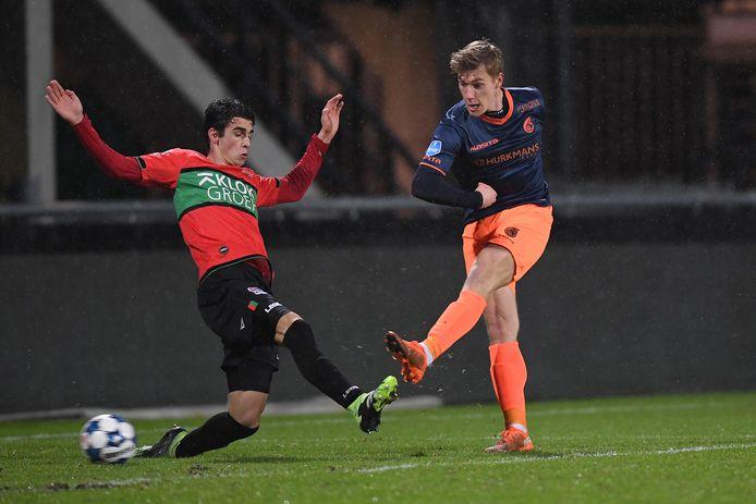 Zion Flemming kon ondanks twee goals uitschakeling van Fortuna niet voorkomen.