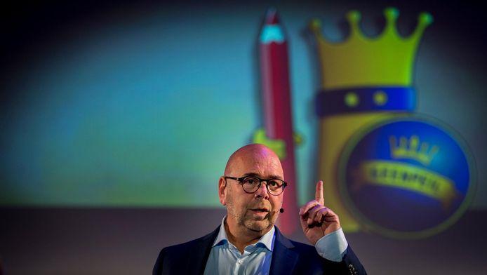 Jan Dijkgraaf wordt gepresenteerd als lijsttrekker voor de nieuwe politieke partij GeenPeil.