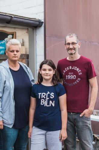 """Ex-man Staf (48) heeft kanker, dus bouwt Cindy (45) huis om tot kangoeroewoning: """"Ik wil dat hij nog zoveel mogelijk tijd met kinderen kan doorbrengen"""""""