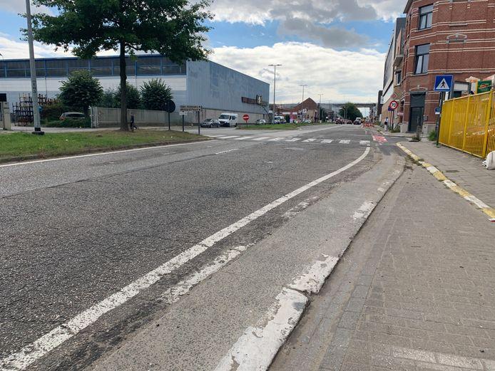 Aanpassingen aan Schaarbeeklei Vilvoorde, smalle fietsstrook