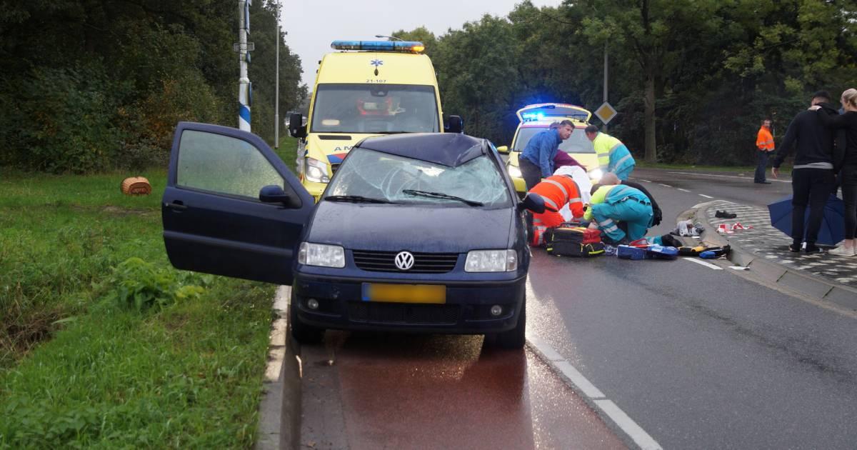 Fietser overleden na ernstig ongeluk met auto in Nieuwkuijk.