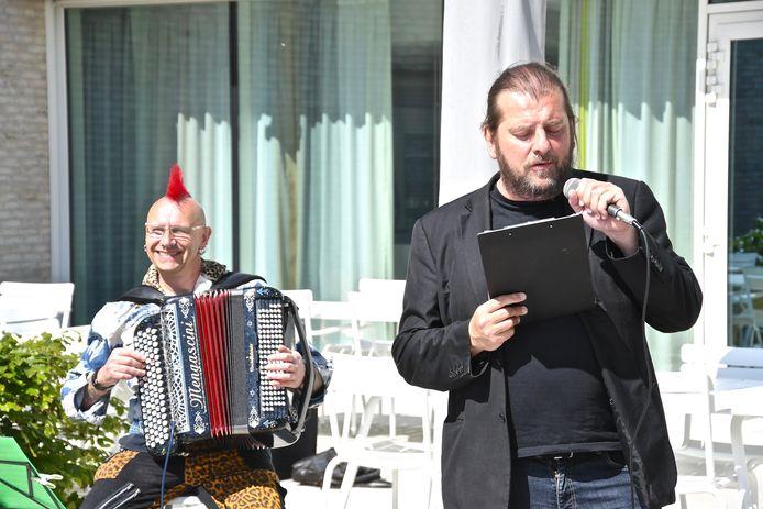 Marino Punk en Luc Dufourmont kwamen optreden in WZC Andante.