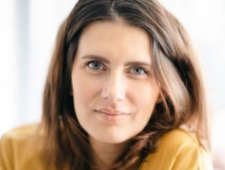 """COLUMN: Lara Switten (34), mama van 3 die strijdt tegen baarmoederhalskanker: """"Een uitstrijkje laten nemen is broodnodig. Het is van levensbelang"""""""