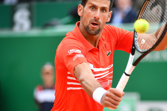 Novak Djokovic is goed aan de Monte-Carlo Masters begonnen.