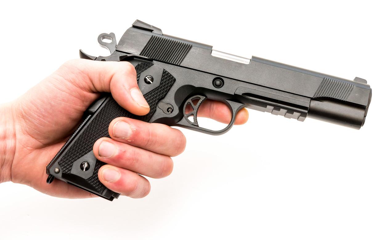Een airsoft gun, een replica van een bestaande wapen, van de WE M1911. Beeld ANP XTRA