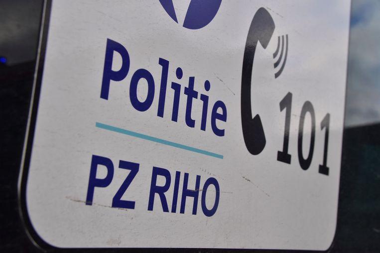 De politie van de zone RIHO deed vaststellingen van het ongeval in de Mandellaan.