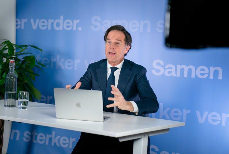 Premier Mark Rutte tijdens een online gesprek met studenten. Beeld ANP
