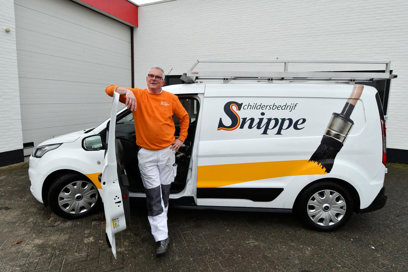 Harri Snippe, van Schildersbedrijf Snippe, ergert zich aan de valse concurrentie in zijn sector.
