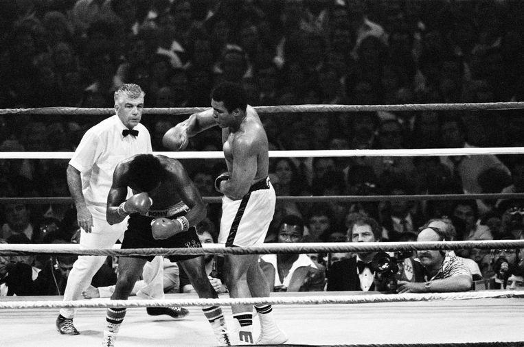 Het gevecht tussen Ali en Spinks in 1978. Beeld Reuters