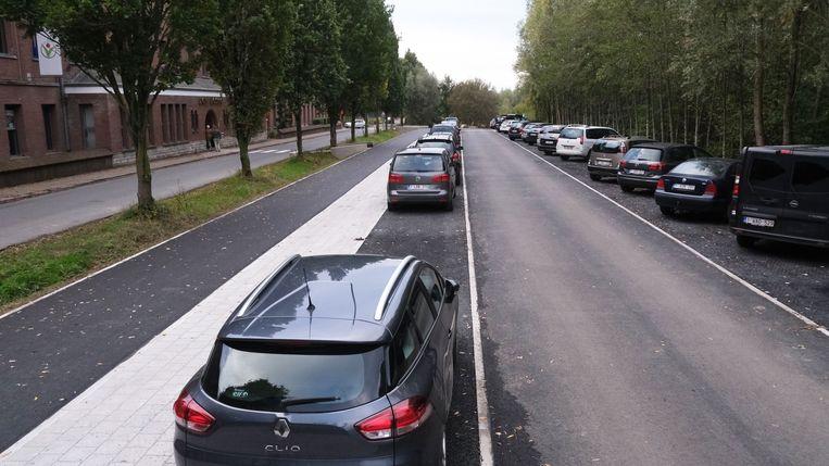 De nieuwe parking, tussen de Don Boscolaan en het geboortebos
