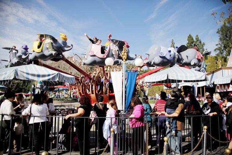 Dumbo the Flying Elephant in Disneyland. Beeld AP