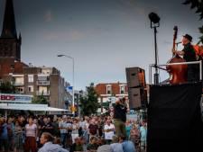 Drukke, zomerse aftrap Vestingfeesten
