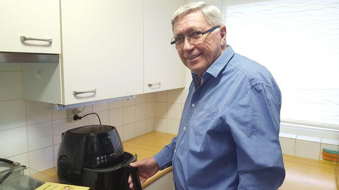 Het Luie Kookboek laat zien dat er een heleboel andere en gezondere manieren zijn om gebruik te maken van de airfryer.