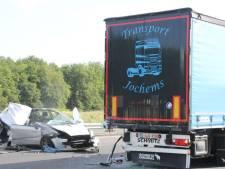 Filmende automobilisten bij ravage op A1 getrakteerd op bekeuring: 'Echt respectloos'