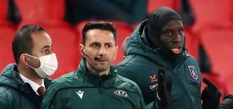 UEFA schorst arbiter na racistische uitlatingen aan Webo