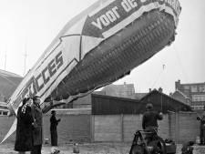 Een kabelballon van Succes in Eindhoven. Voor de zakenman in 1954