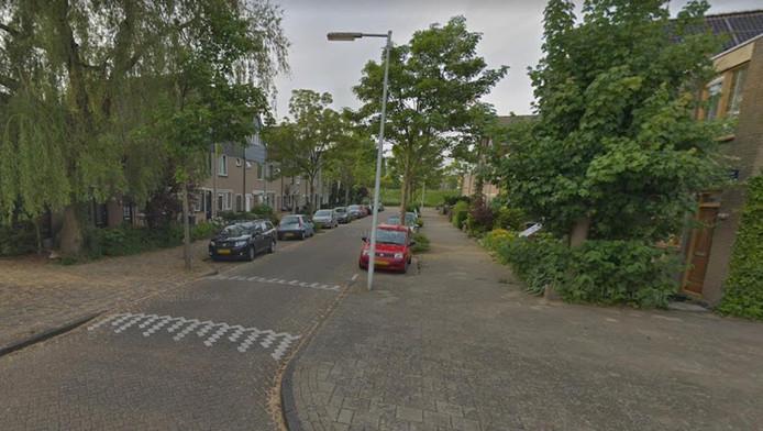 In de Spakenburgstraat werd een vrouw overvallen.