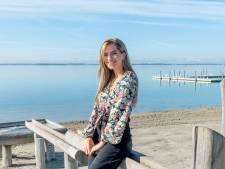 Voice-zangeres Julia uit Harderwijk komt met eerste single én een boodschap: 'Kies voor wat goed voelt voor jou'
