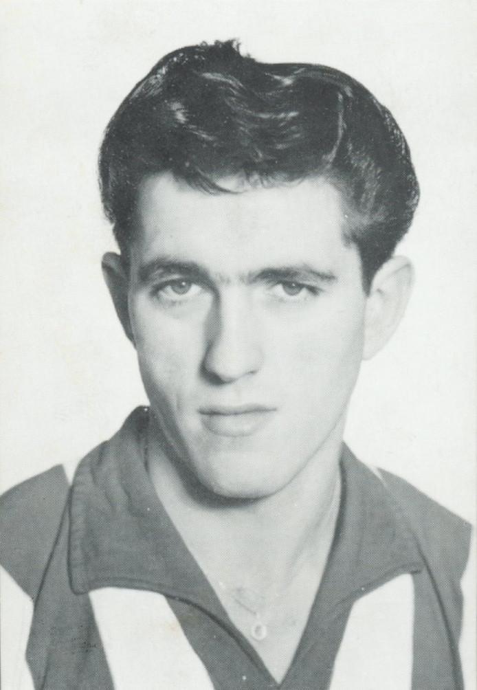 Lambert Maassen in 1963, het jaar waarin hij kampioen werd met PSV in een thuisduel met Ajax.