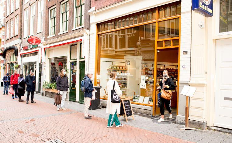 De Franse bakkerij Gebroeders Niemeijer op de Nieuwendijk. Beeld Marjolein van Damme