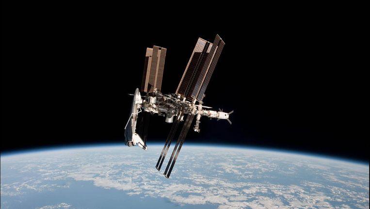 De Italiaan verdronk bijna tijdens een ruimtewandeling rond het ISS. Beeld PHOTO_NEWS